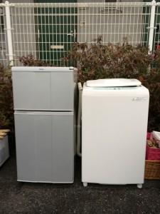 東京都調布市小島町で回収した冷蔵庫と洗濯機