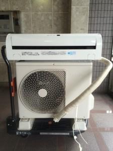 横浜市青葉区で回収したエアコン